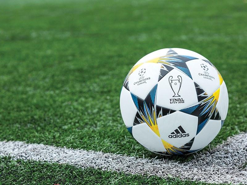 Het voetbal is weer begonnen