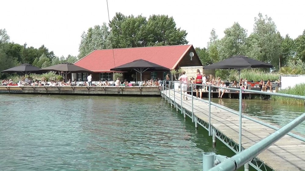 BeachClub & Kabelwaterskibaan Stroombroek verlengt sponsorcontract
