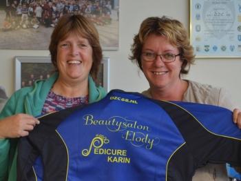 Beautysalon Elody en Pedicure Karin op trainingspakken Vrouwen 2