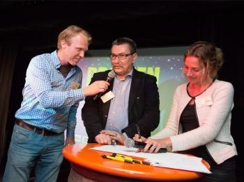DZC'68 en Stichting Fight cancer tekenen voor samenwerking