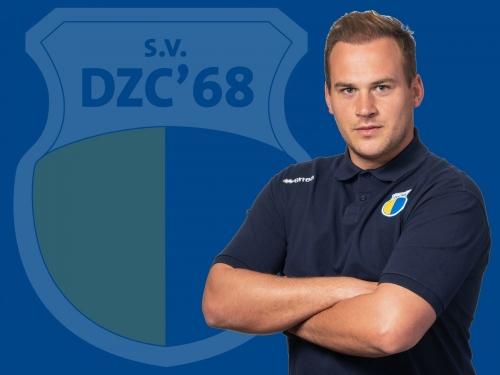 Jos van der Veen verlengt contract bij DZC'68