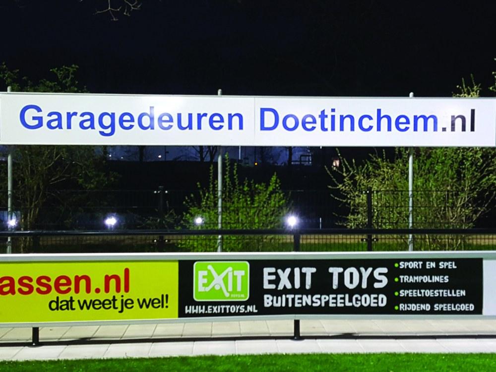 Garagedeuren Doetinchem.nl bordsponsor DZC'68