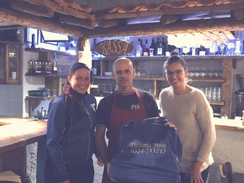 Pizzeria Pibia sponsort sporttassen vrouwen 2
