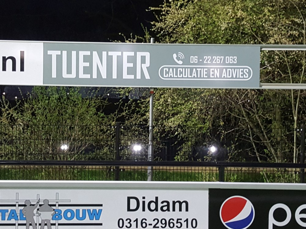 Tuenter Calculatie en Advies bordsponsor DZC'68