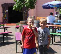 WE HADDEN EEN 'ALLES MAG' DAG! Over voetballen en  -  het Land van Jan Klaassen (fotoalbum incl.)
